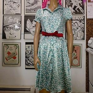 Dresses & Skirts - Silky Printed Dress